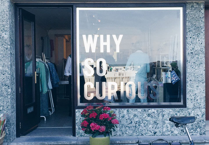 Why So Curious – pop-up aan zee